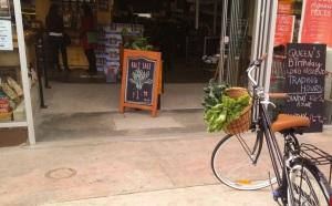 Kale rides bikes in Melbourne